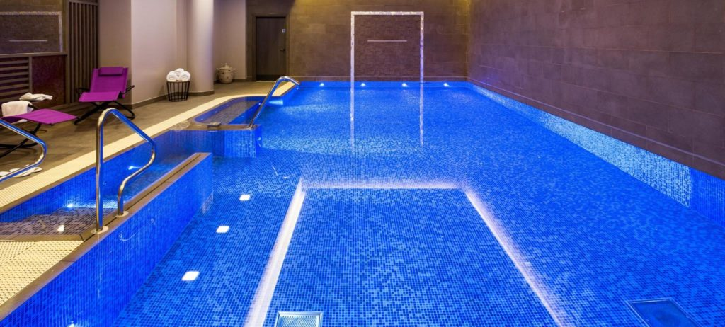best swimming pools in london